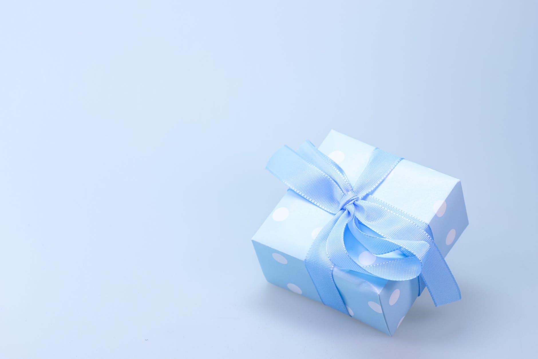 30493648e0d83 Erkek Sevgiliye Doğum Günü Hediyesi Ne Alınır? 8 Unutulmayacak ...