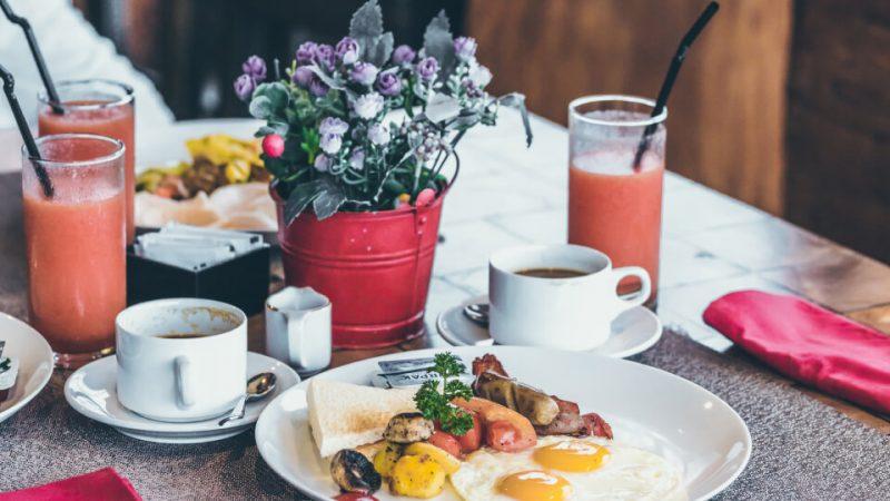 anneler-gunu-kahvaltisi