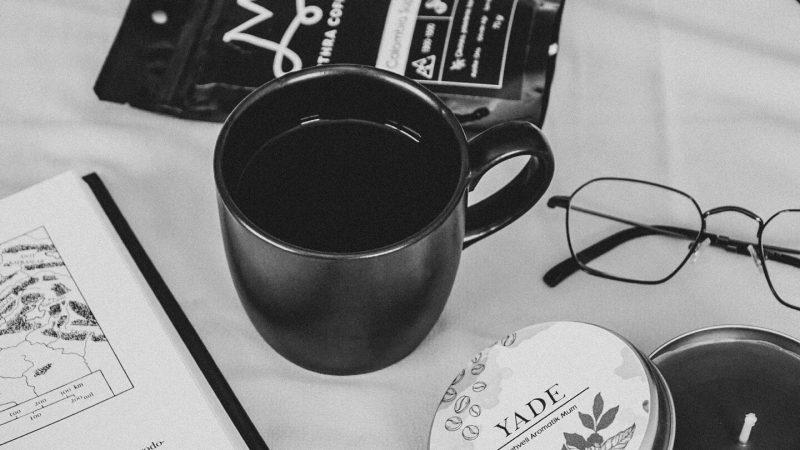 muhiku-hediye-kutusu-siyah-beyaz
