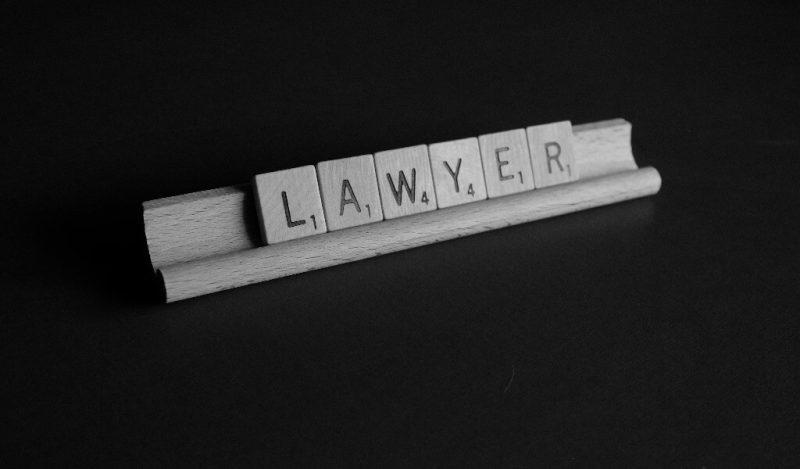 erkek-avukata-hediye