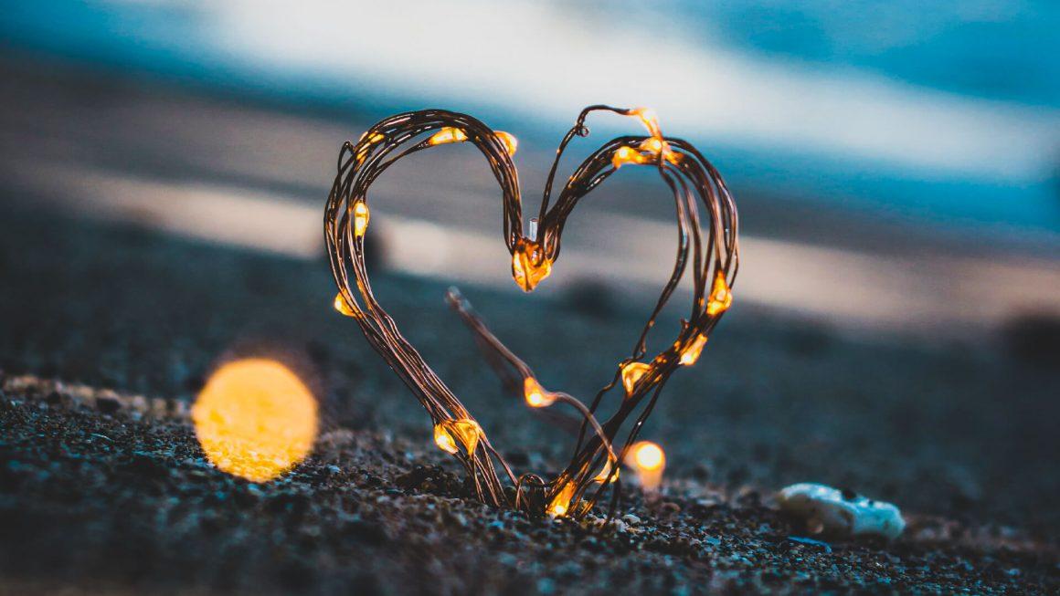romantik-kisa-ask-sozleri