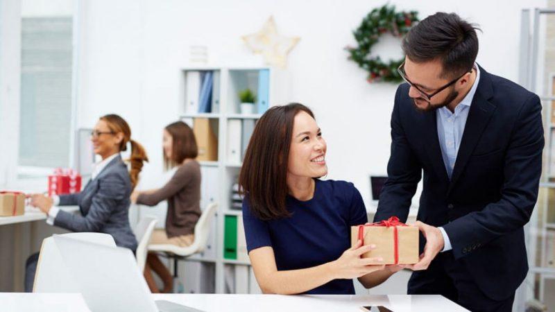 kadin-calisanlar-icin-hediye-onerileri