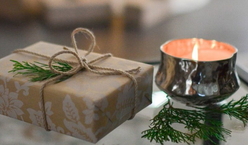 yilbasinda-ese-ne-hediye-alinir