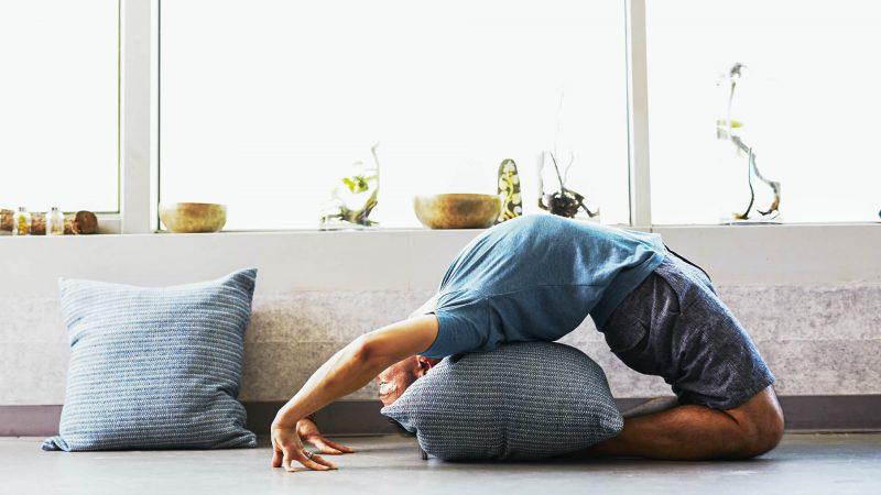 evde-spor-yapmak-yoga