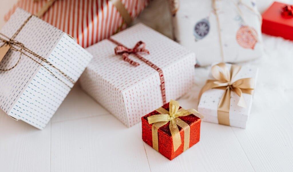 kadin-sevgiliye-hediye-setleri