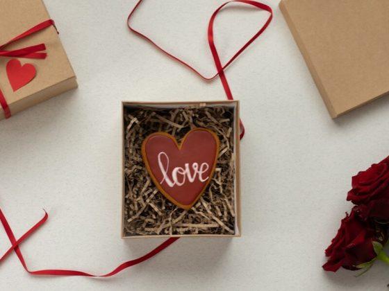 sevgiliye-el-emegi-hediye-fikirleri