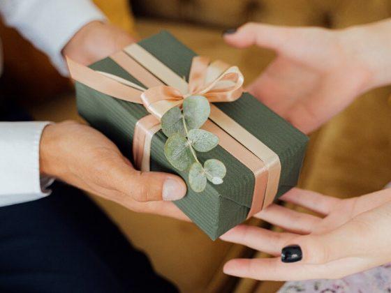 yeni-sevgiliye-hediye-ne-alinir