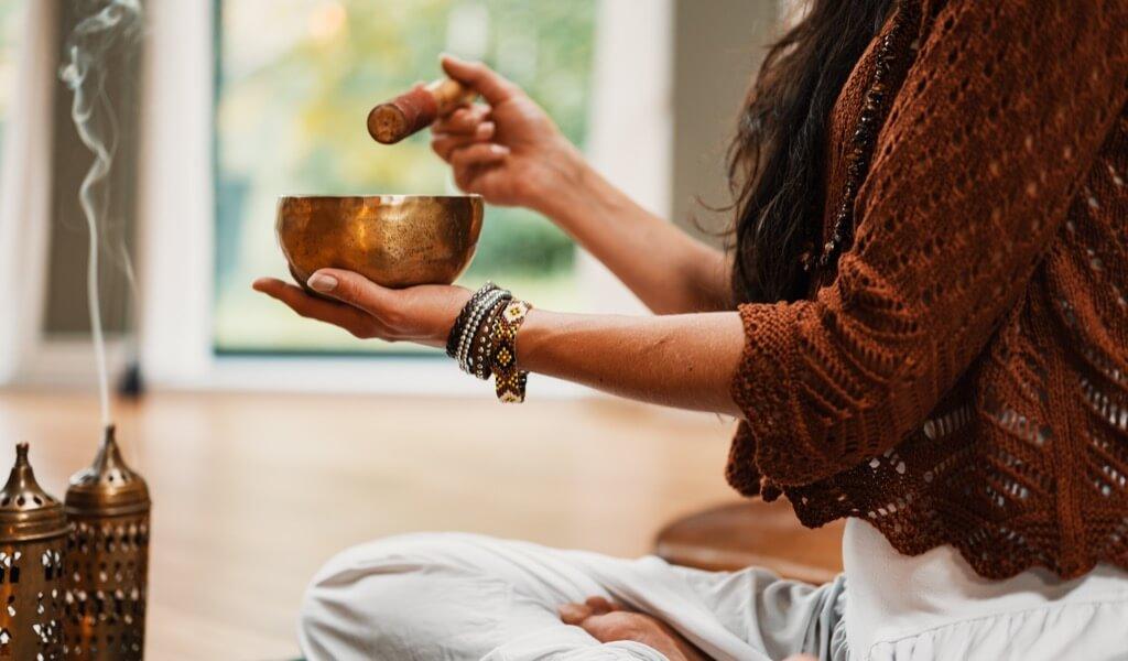 yoga-yapan-birine-hediye-ne-alinir-yoga-temali-hediyeler