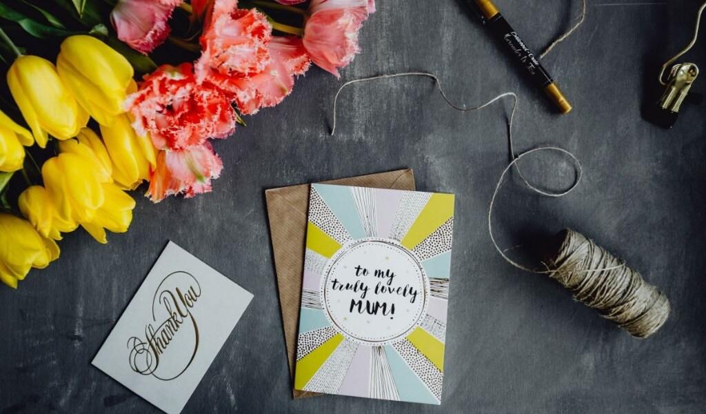 anneler-gunu-hediye-karti-sozleri-25-duygusal-hediye-mesaji