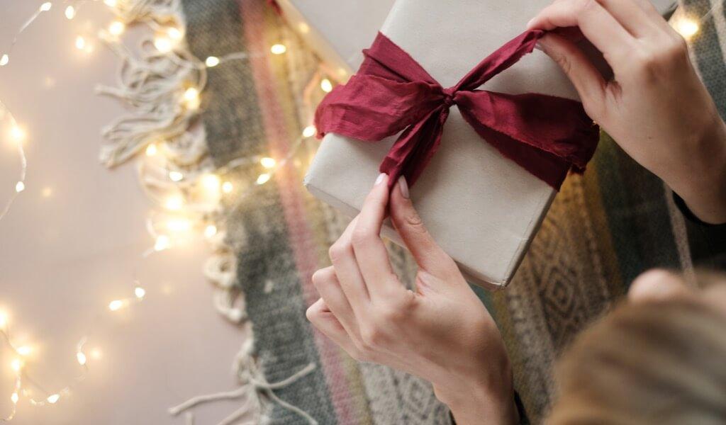 kiz-arkadasa-hediye-kutusu-onerileri