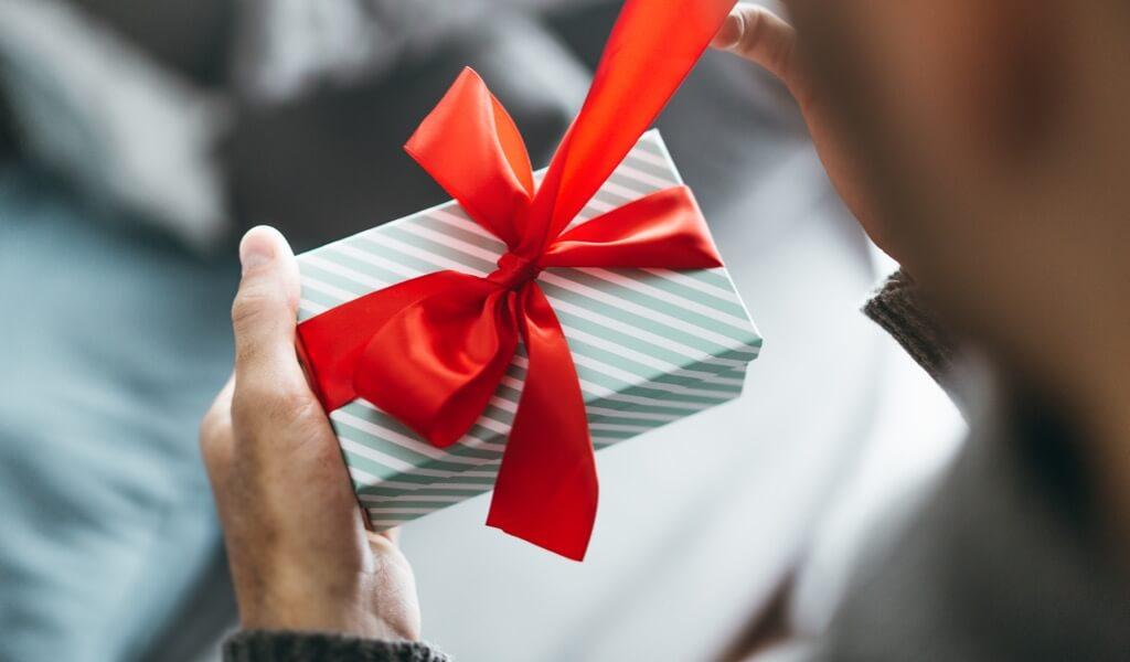 bir-erkege-alinabilecek-manevi-hediyeler-muhiku